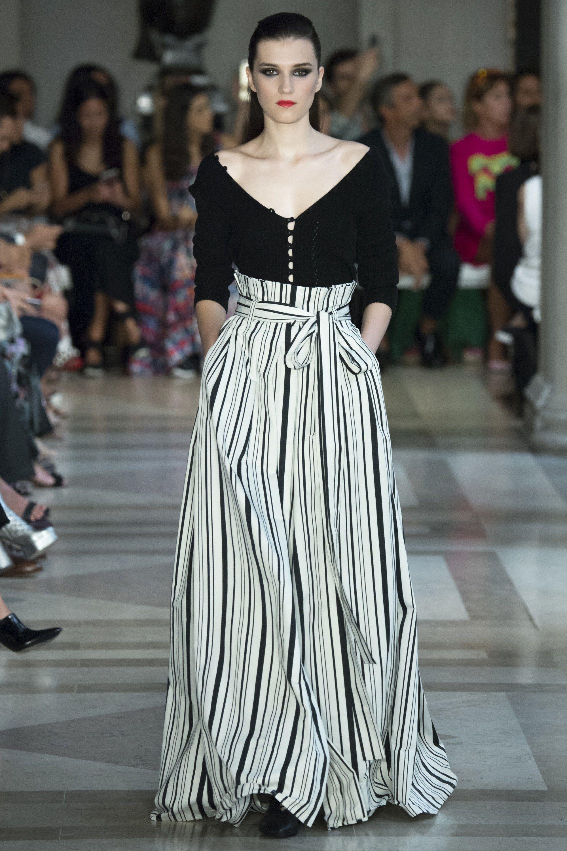 0a1b131a6a Carolina Herrera Spring 2017 Ready-to-Wear Fashion Show