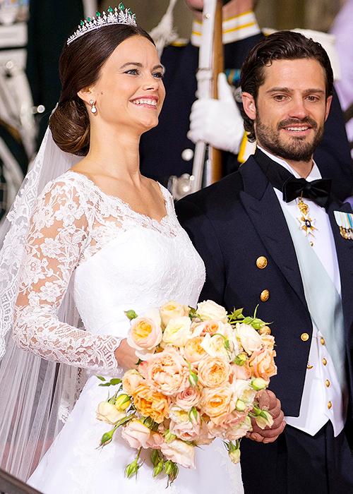 Royal Wedding Bouquets Princess Sofia Of Sweden 2015 Famous Wedding Dresses Wedding Dresses Hairdo Wedding