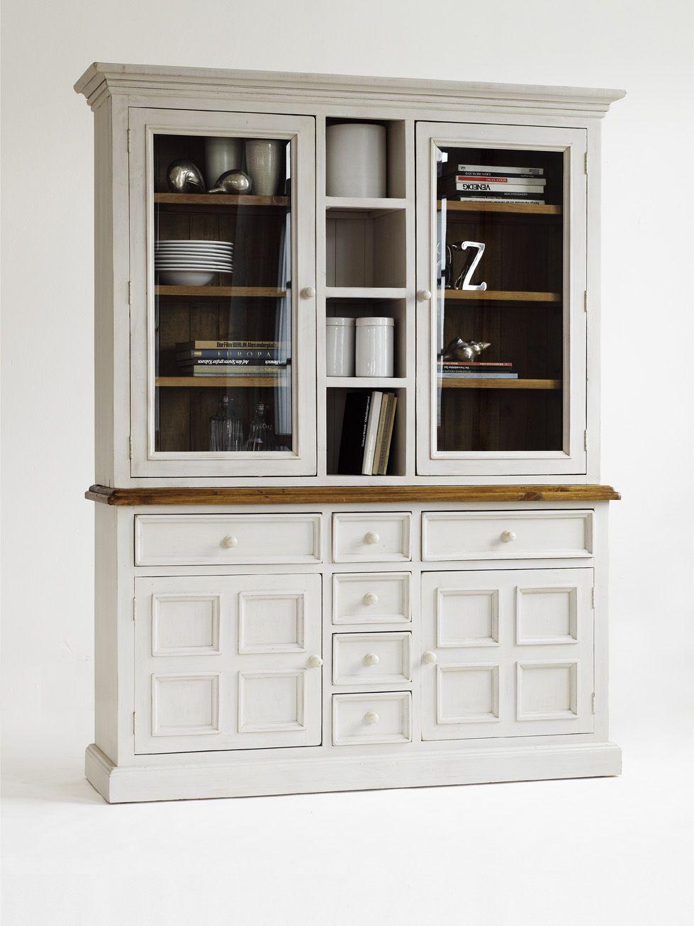 Pin Von Mrhousey Auf Provence Shabby Chic Furniture Vitrine Weiss Landhaus Mobel Esszimmer Mobel