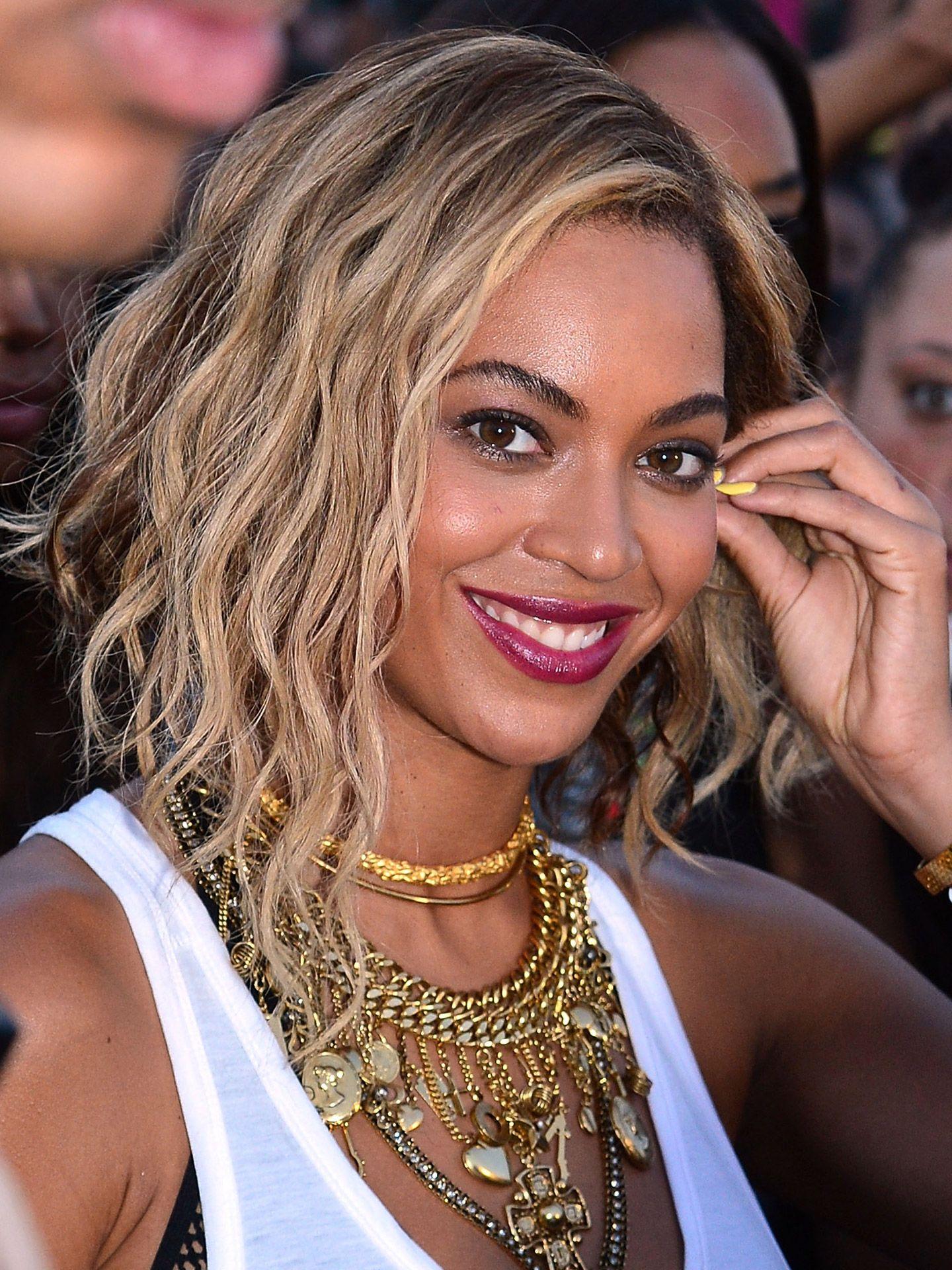 quelle couleur de cheveux pour yeux marron : du blond naturel sur base brune et on craque pour Beyoncé Knowles