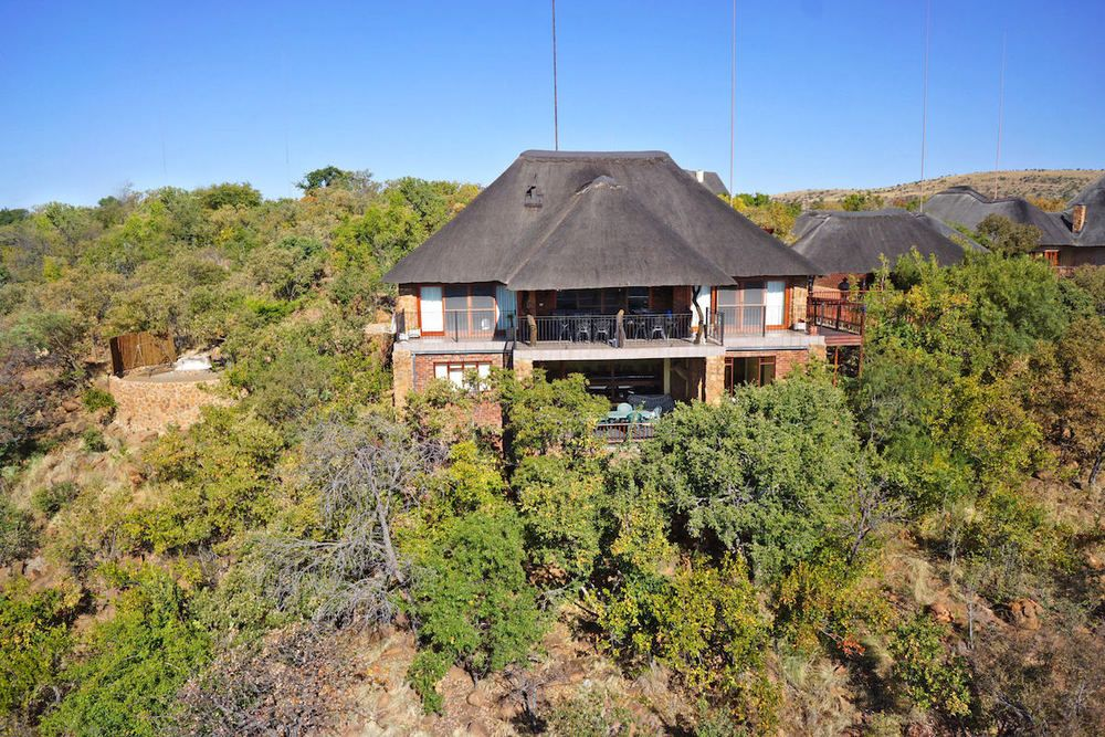 Mabalingwe Holiday House Rental Prm010 Mabalingwe Properties Rentals Property For Sale Timeshare Self Caterin House Rental Holiday Home Rental Property