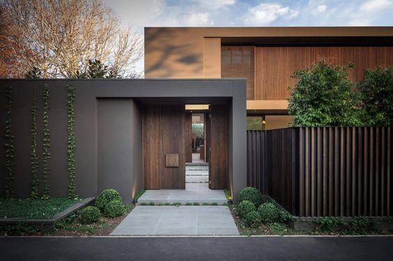 Maison design avec des couleurs chaudes - entree de maison contemporaine