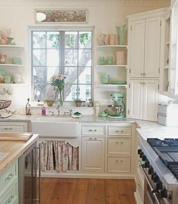 praktische und funktionelle Küche mit Vintage Möbel | Keramik ...
