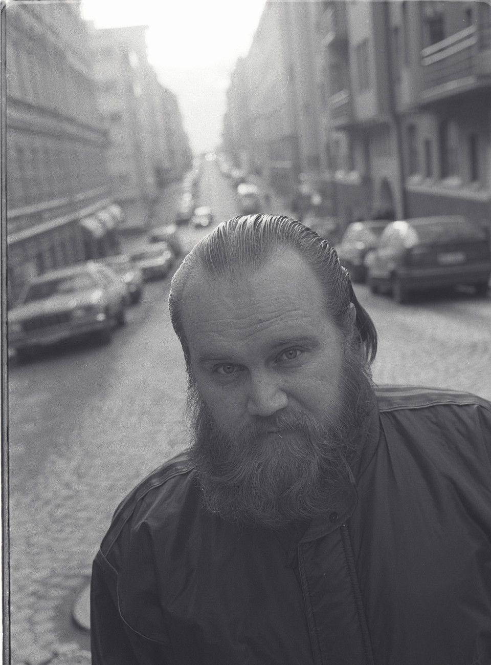 Gösta Sundqvist 1957–2013. Satojen hahmojen isähahmo - Kulttuuri - Helsingin Sanomat