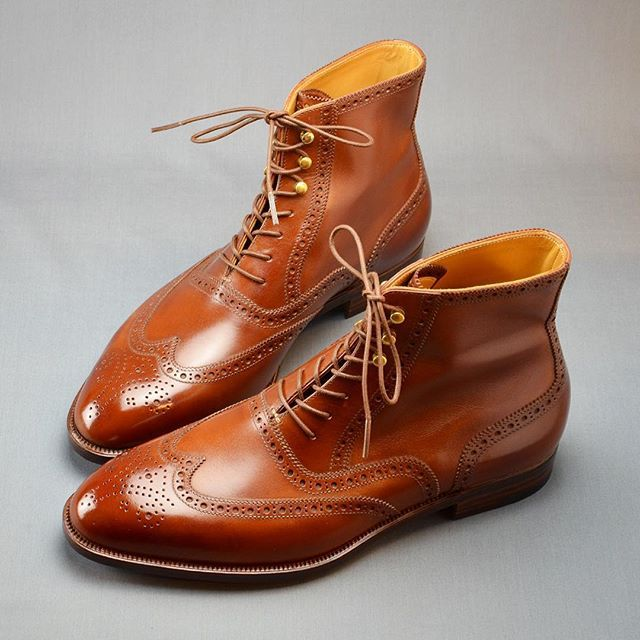 Full brogue boots #hiroyanagimachi #bespokeshoes