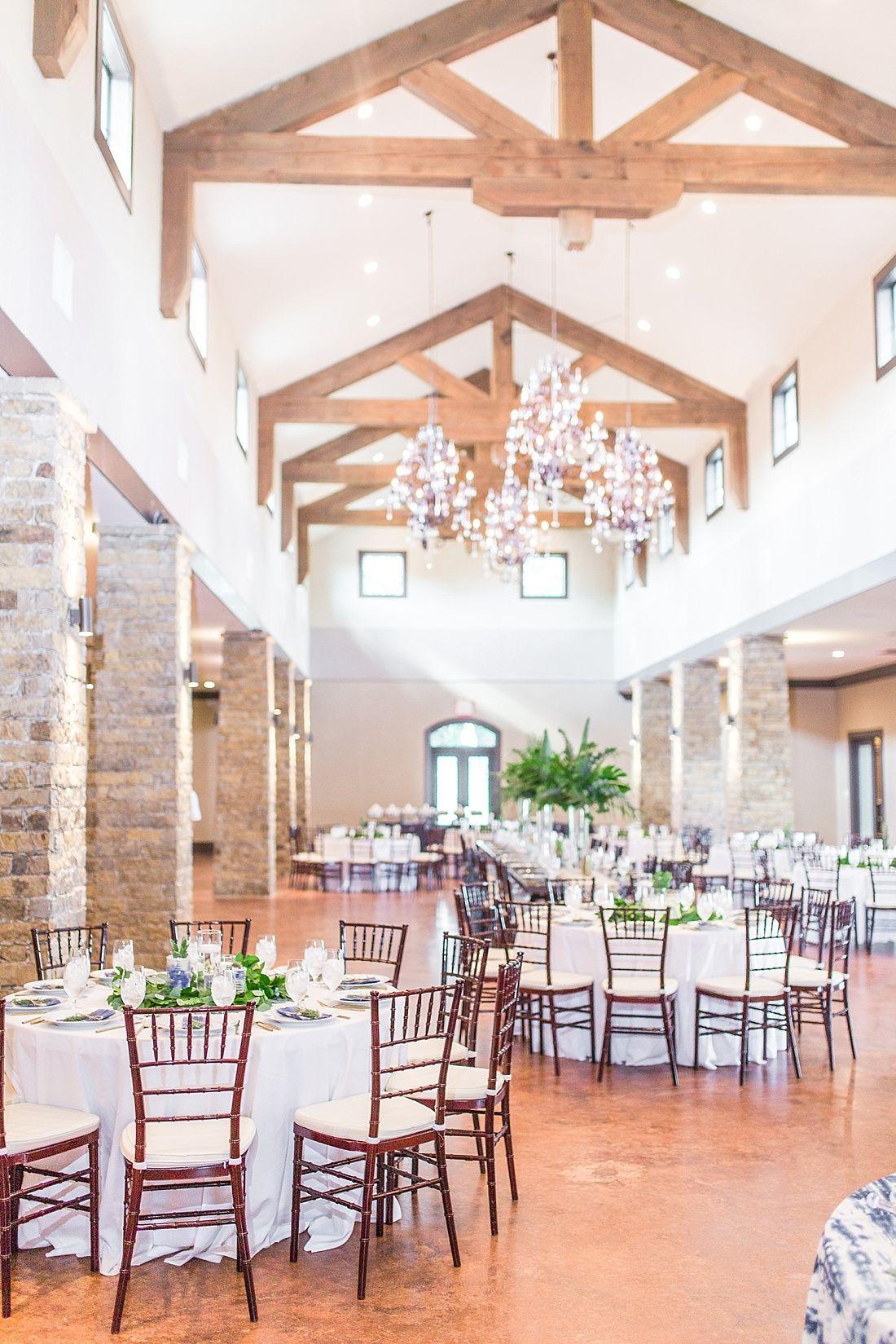 Grace + Anthony Fredericksburg wedding venues, Cottage