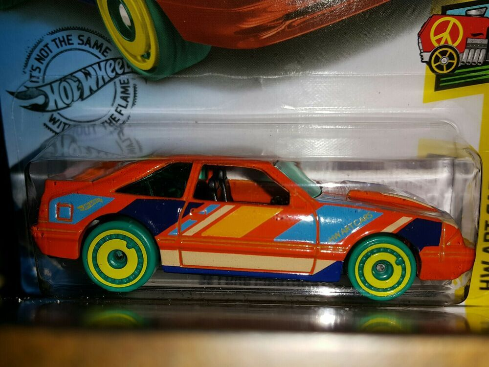 HOT WHEELS 2020 ART CARS '92 FORD MUSTANG  (ORANGE)