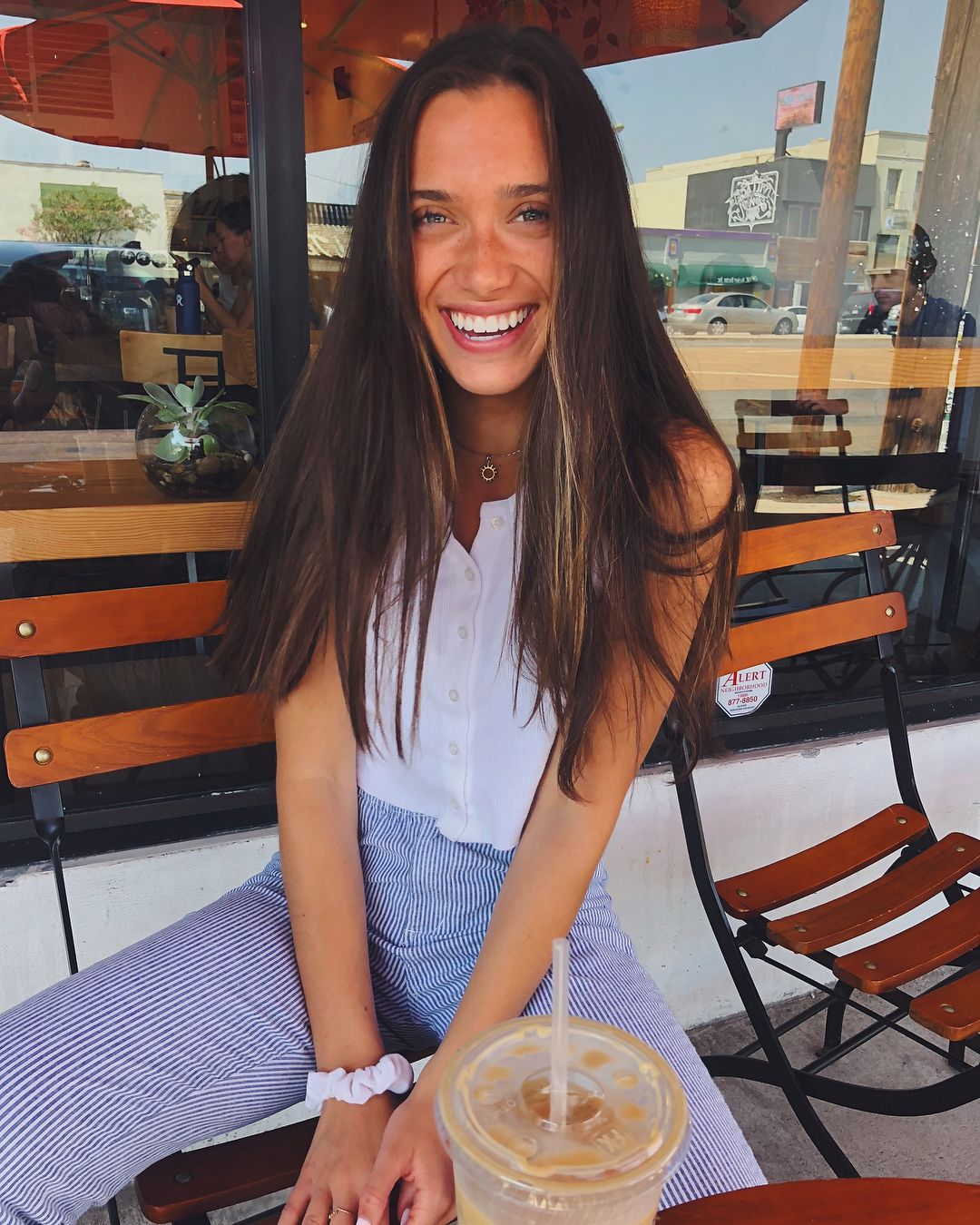"""cfe91d02d Hannah Meloche on Instagram: """"smiley""""   Fashion Inspo   Cute ..."""