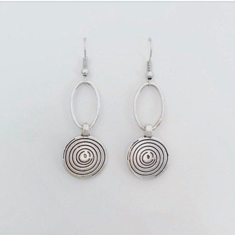 I am loving the look of these beauties! These earrings can go with almost any outfit!