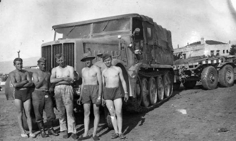 "Sd.Kfz. 9 schwerer Zugkrafwagen (18-ton) ""FAMO"" Typ B"