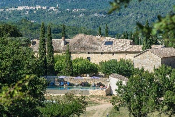 Belle rénovation d\u0027une maison en pierre France