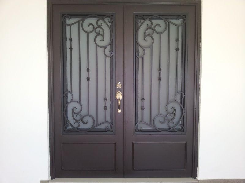 Puertas principales de forja herreria y forja ideas para for Puertas de herreria para casa