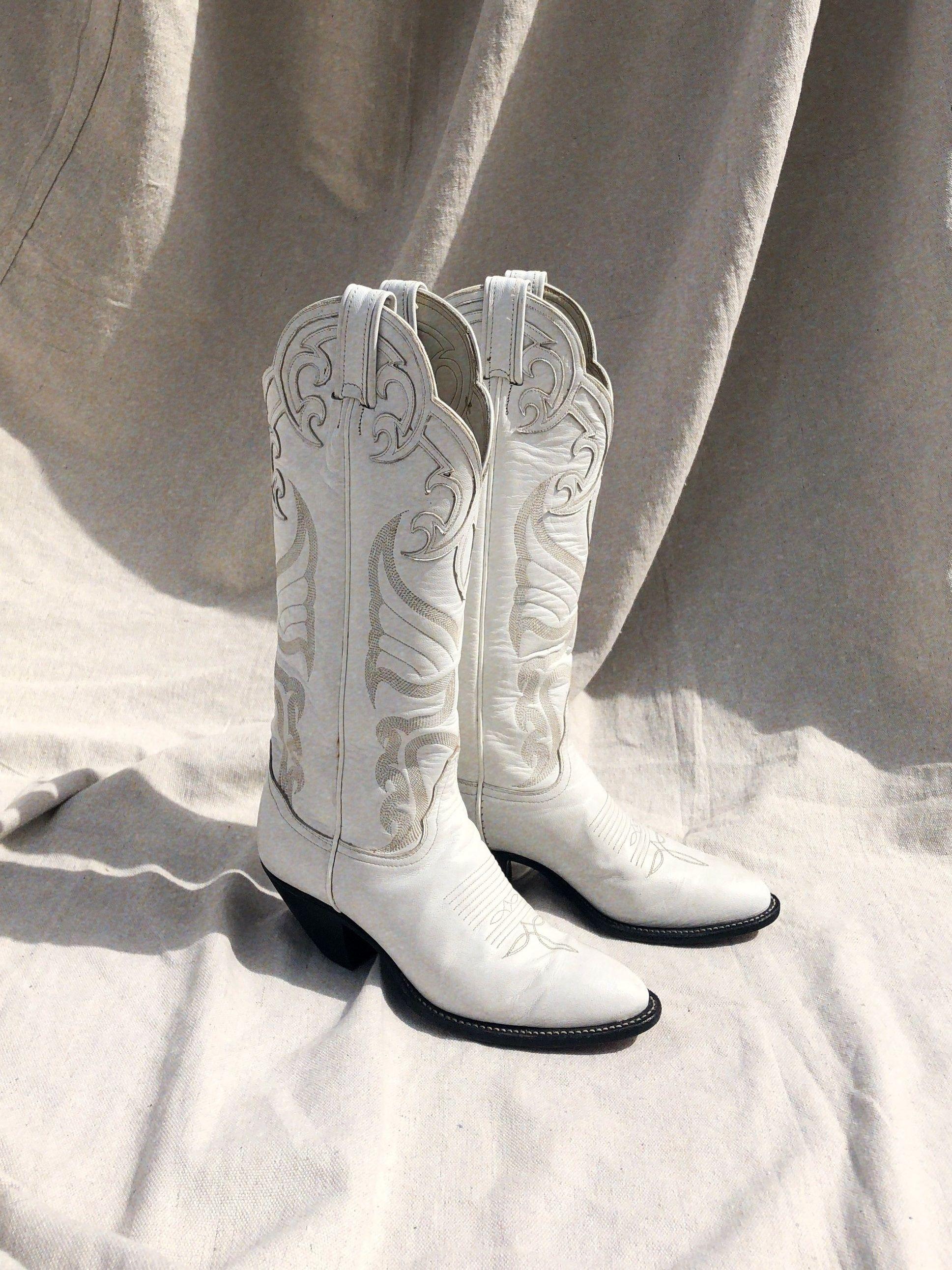 Vintage Tony Lama White Cowboy Boots