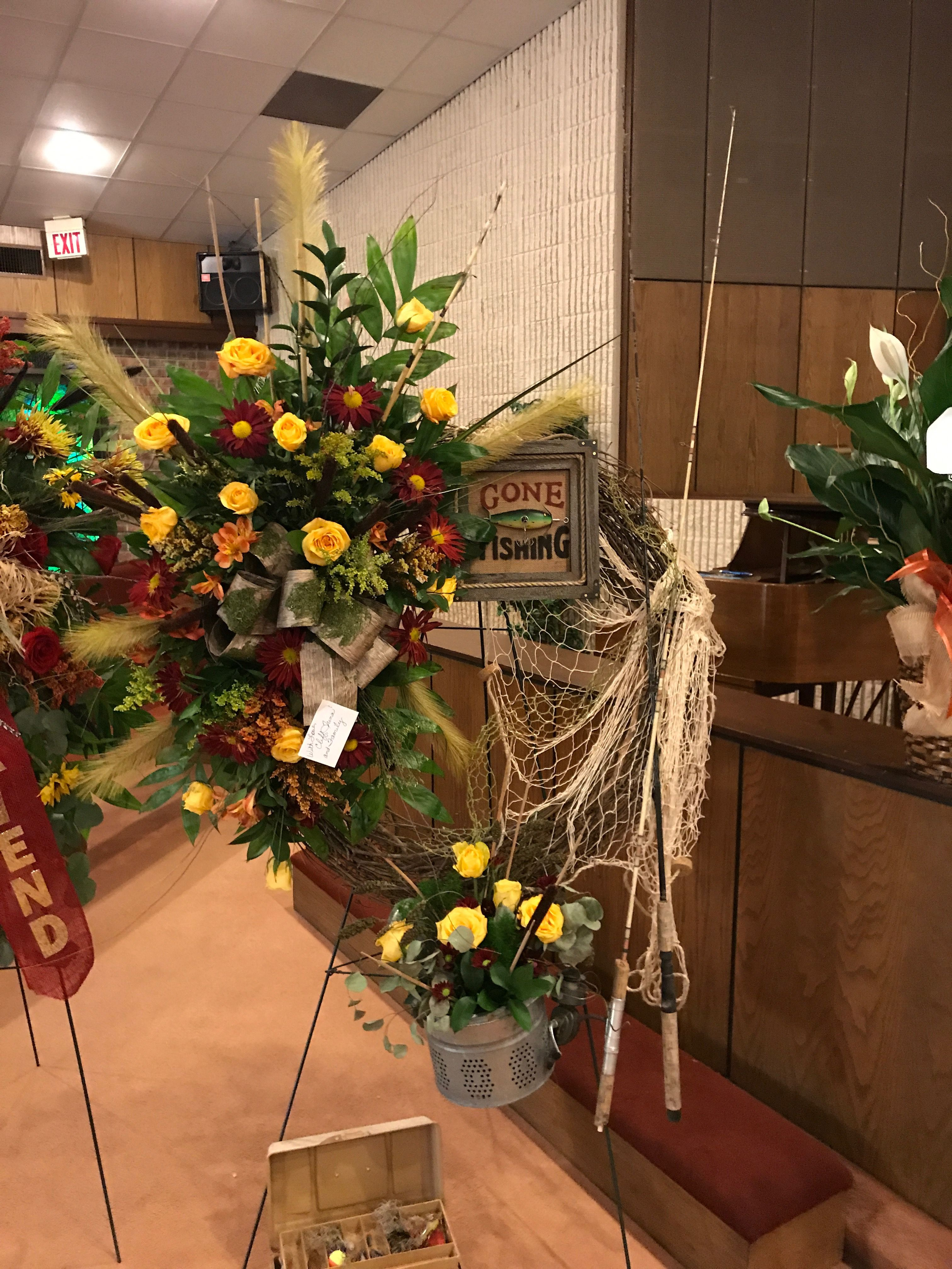 Pin by t on flower shop pinterest funeral funeral flowers and pin by t on flower shop pinterest funeral funeral flowers and funeral ideas izmirmasajfo