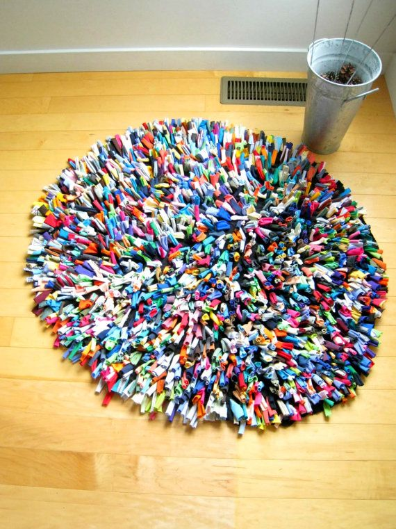 Many Colored T Shirt Rug Love This Wish I Could Make It Diy And Crafts Sewing Decor Crafts Crafts