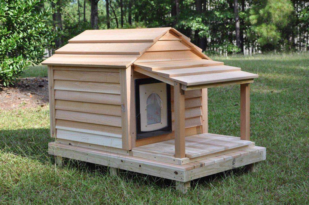 Medium Dog House – Custom Cedar Dog House