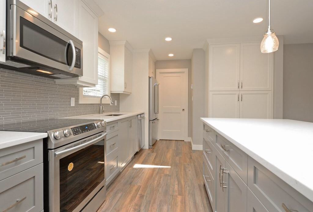 beautiful kitchen grey and white rustic modern country farmhouse style hardwood floors on farmhouse kitchen granite countertops id=81364