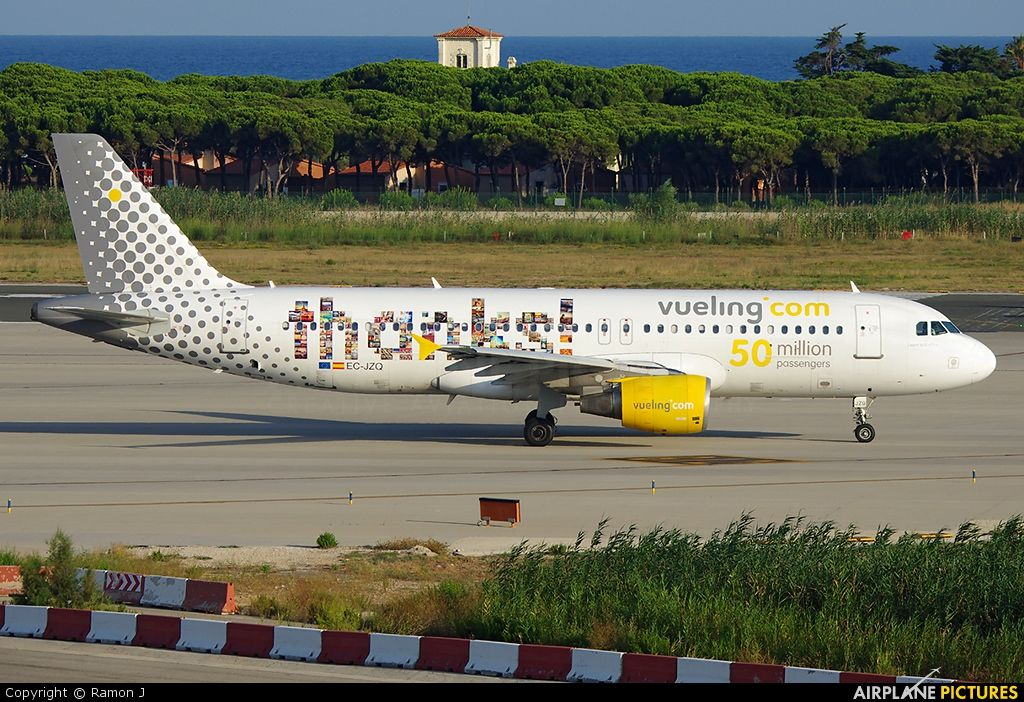 Vueling Airlines http://jamaero.com/airlines/Aviakompaniya-Airline-Vueling_Airlines-Ispaniya