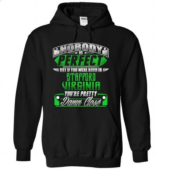 Born in STAFFORD-VIRGINIA P02 - hoodie outfit #estampadas sweatshirt #pullover sweater