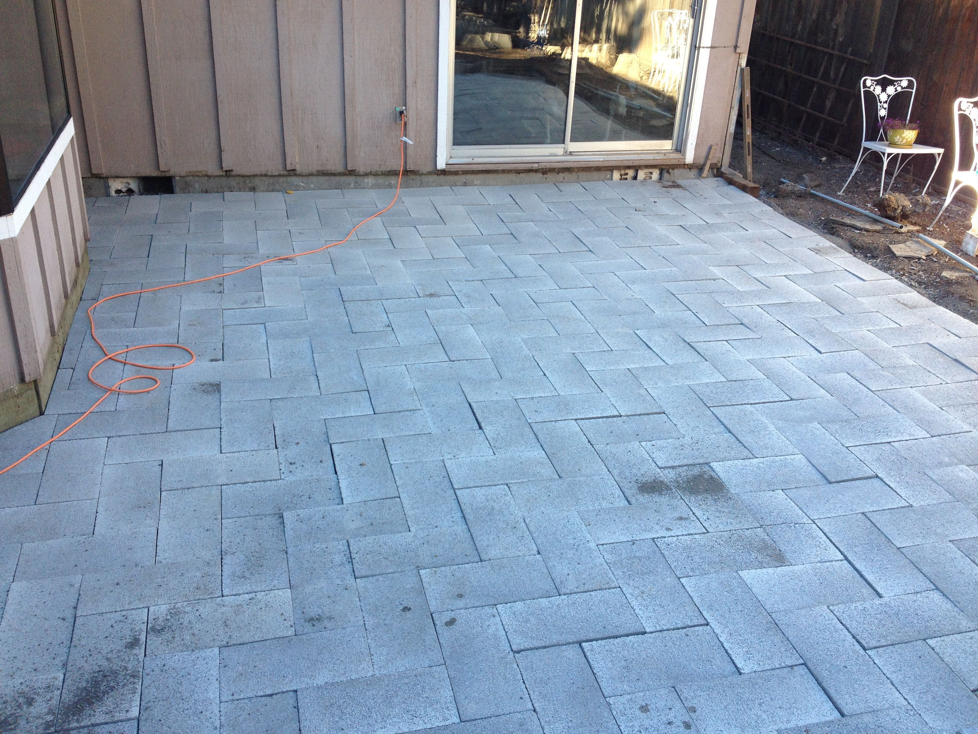 How NOT To Lay Patio Pavers. DIY Fail.