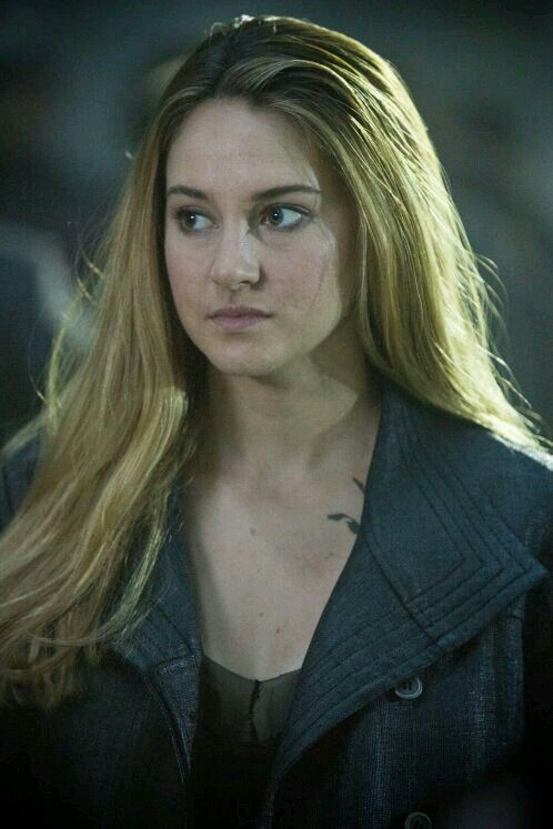 Shailene Woodley as Beatrice/Tris Prior  ❤ She is so stunning