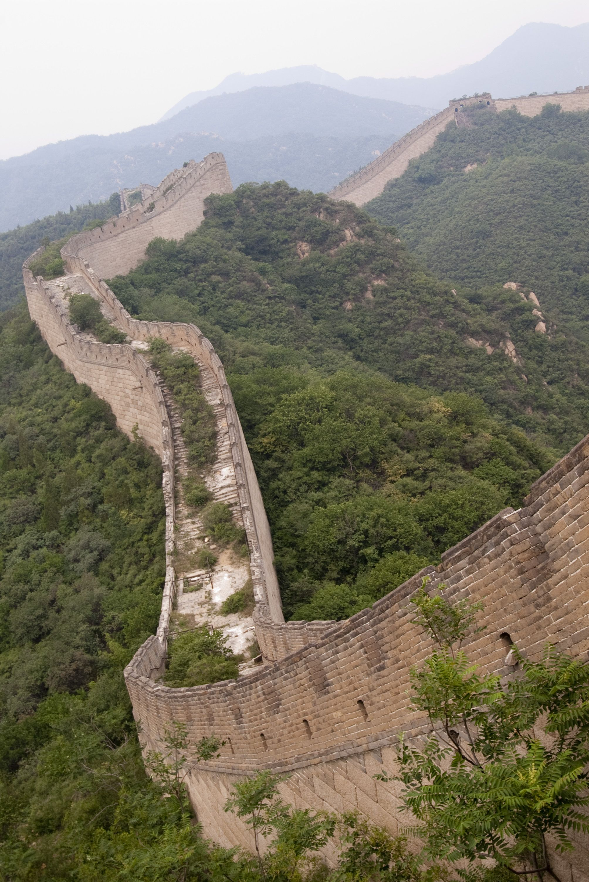 an unidentified overgrown section of the great wall of on great wall of china id=95928