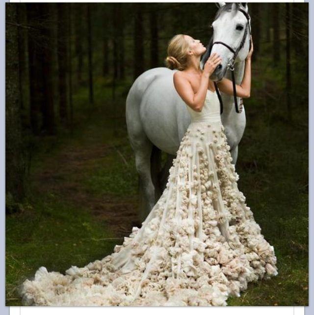 This is a gorgeous dress. So unique!