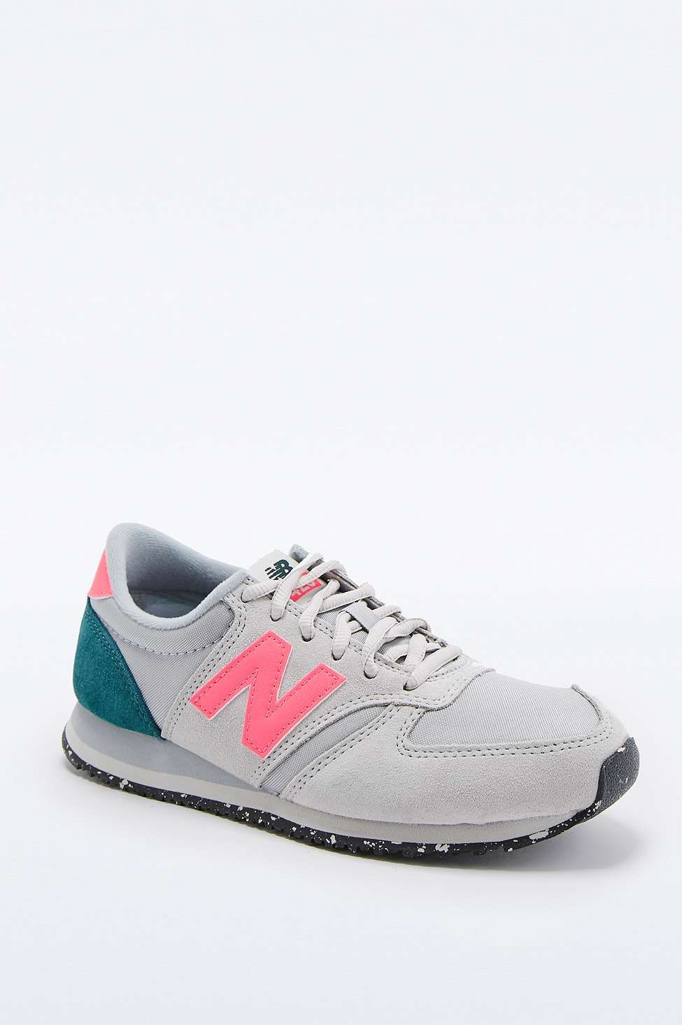 purchase cheap b7bbf 1fd82 New Balance 420 Runner Grey and Pink Trainers | Style | New ...