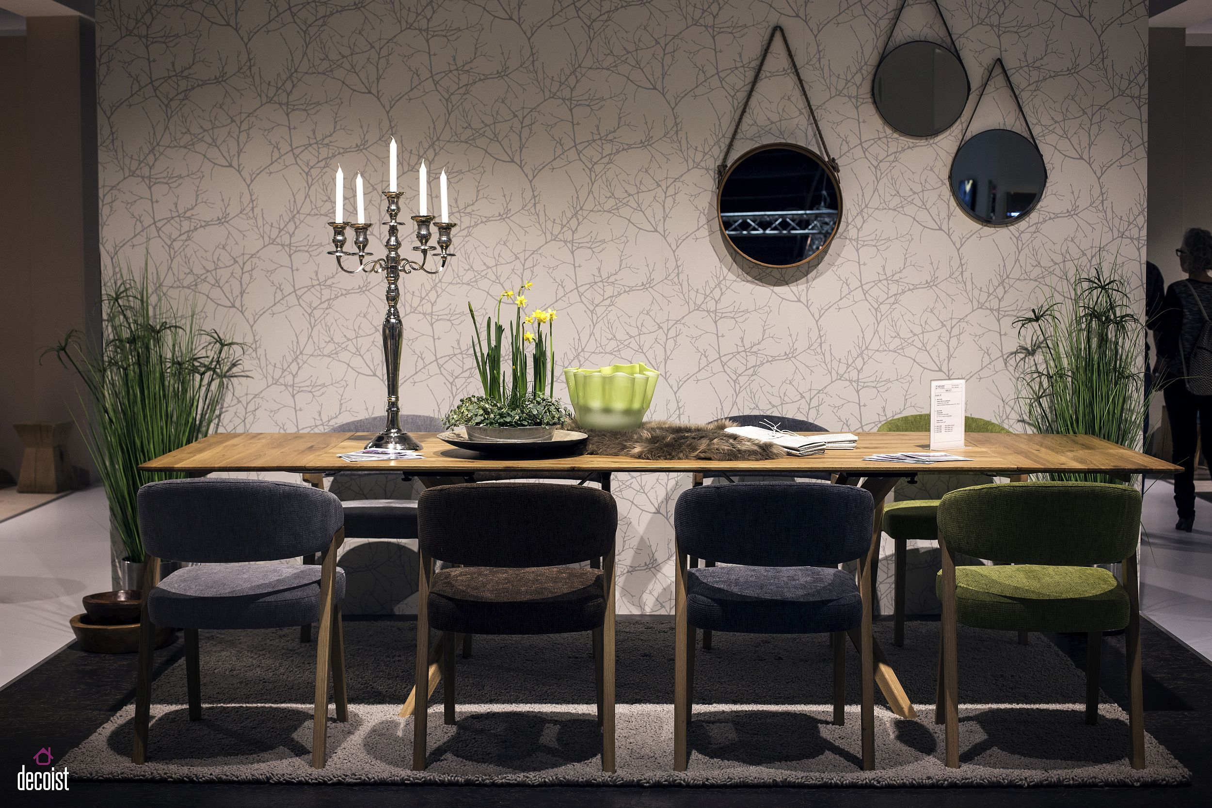 25+ Gold class dining set end game Inspiration