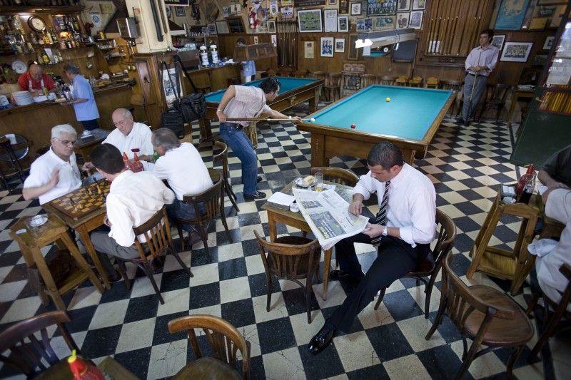 Conoce los bares de Buenos Aires con historia - http://revista.pricetravel.com.mx/restaurantes-y-bares/2015/05/10/conoce-los-bares-buenos-aires-historia/