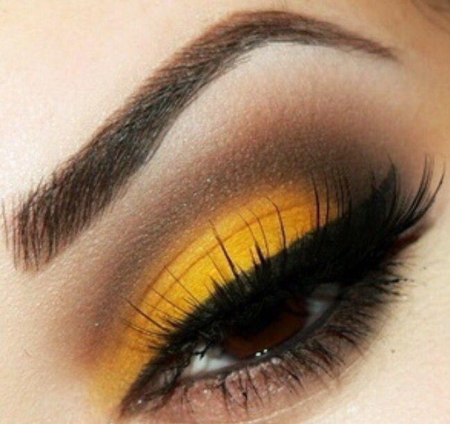 sombra ojos color mostaza