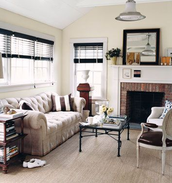 Neutral paint colors \u0027Edgecomb Gray\u0027 by Benjamin Moore Paint