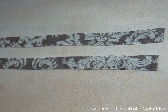 http://www.scatteredthoughtsofacraftymom.com/2012/07/go-anywhere-knit-dress-tutorial.html