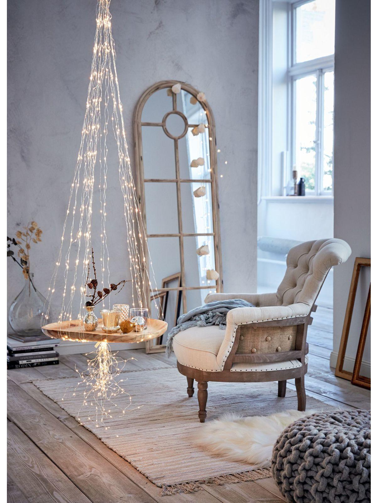 wie w re es mit einem spiegel in form eines fensters spiegel lassen eure r ume gr er und. Black Bedroom Furniture Sets. Home Design Ideas