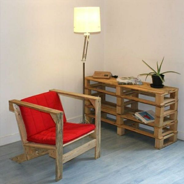 holz paletten m bel selbst basteln diy ideen stuhl auflagen palletten pinterest paletten. Black Bedroom Furniture Sets. Home Design Ideas