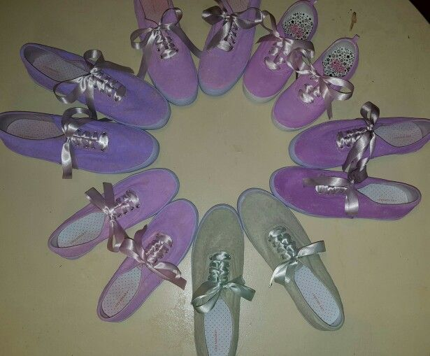 Bridesmaid tennies. Perfect for outdoor wedding ceremony.