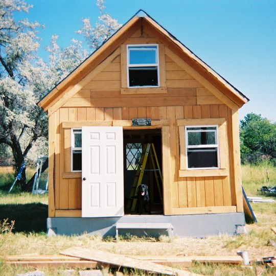 A solar cabin in two weeks for 2 000 green homes for 2000 sq ft log cabin cost
