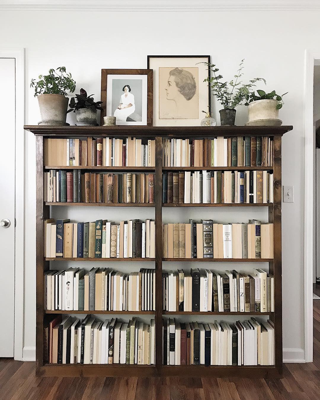 Backwardsbooks Der Neue Trend Bucher Zu Sortieren Sweety Home