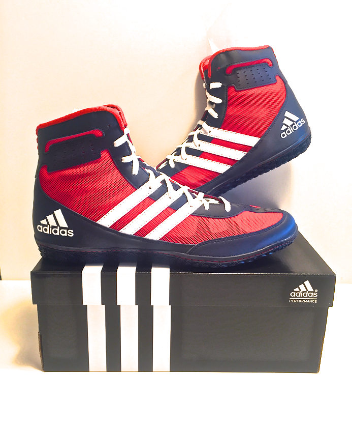 e8e32a1fe63 NEW PRODUCT  Adidas Mat Wizard 3 - Check these boots out online by clicking  the