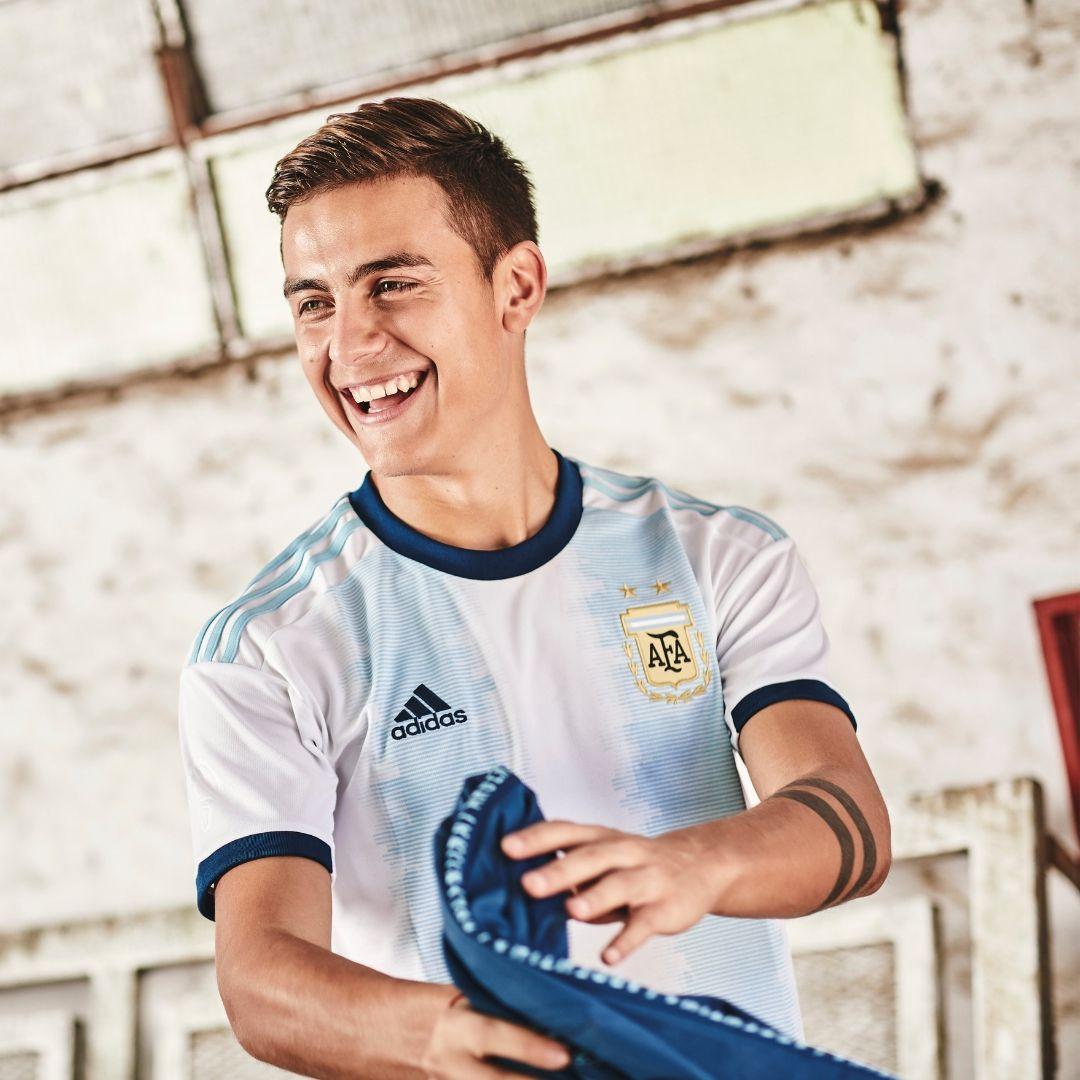 Camiseta Argentina Titular 2019 Botas De Fútbol Adidas Seleccion Argentina De Futbol Fotos De Fútbol