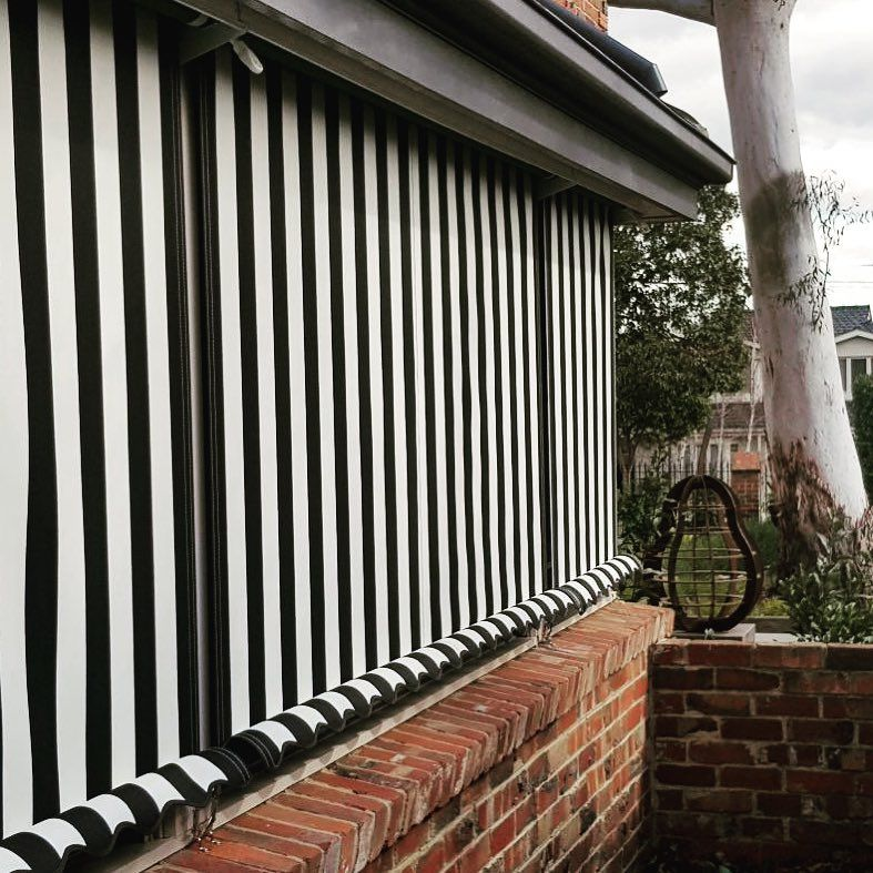 Outdoor Blinds Custom Made For Melbourne Homes Ph 98802500 Canvas Blinds Protect Your Windows From West F In 2020 Blinds Canvas Awnings Small Apartment Balcony Ideas