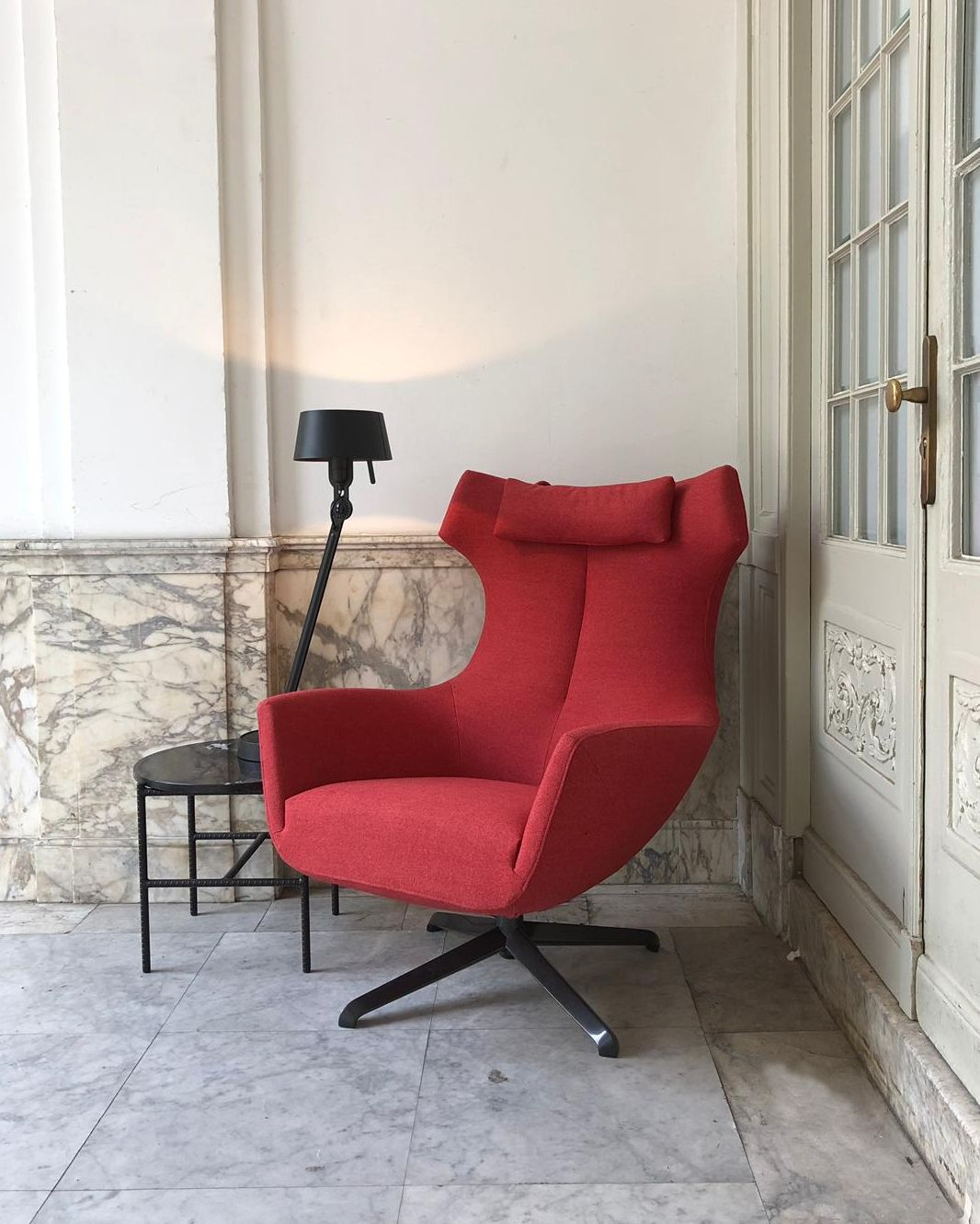 Design Meubels Eindhoven.Design On Stock Nosto Fauteuil Poef Fauteuil Design En