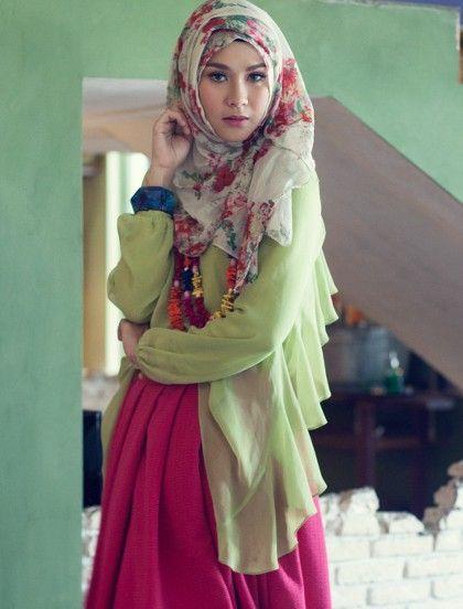model gaya busana muslim artis jpg 420 552