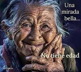 UNA LEVE SONRISA ...........(Poemas del alma) http://www.chispaisas.info/levesonrisa.htm