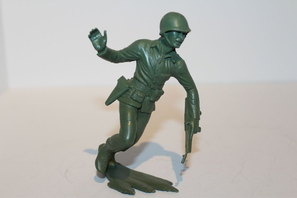MarineS RARE US MILITARY WWII!! MARX TOYS Molded Plastic Soldiers 6 Inch
