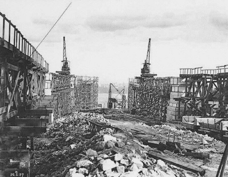 Preparation for the construction of the roadworks on the Sydney Harbour Bridge.