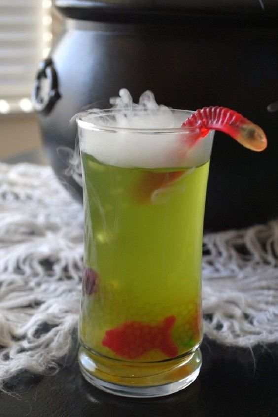 11 non alcoholic drinks for halloween gleamitup
