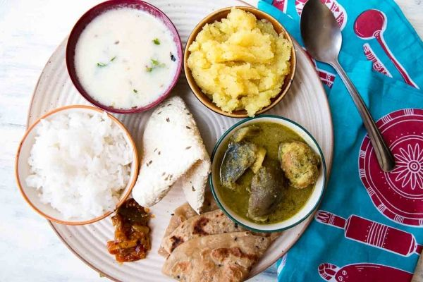 Gujarati thali menu ideas recipes collection gujarati thali archanas kitchen is a website that has simple vegetarian recipes for smart and healthy living forumfinder Choice Image