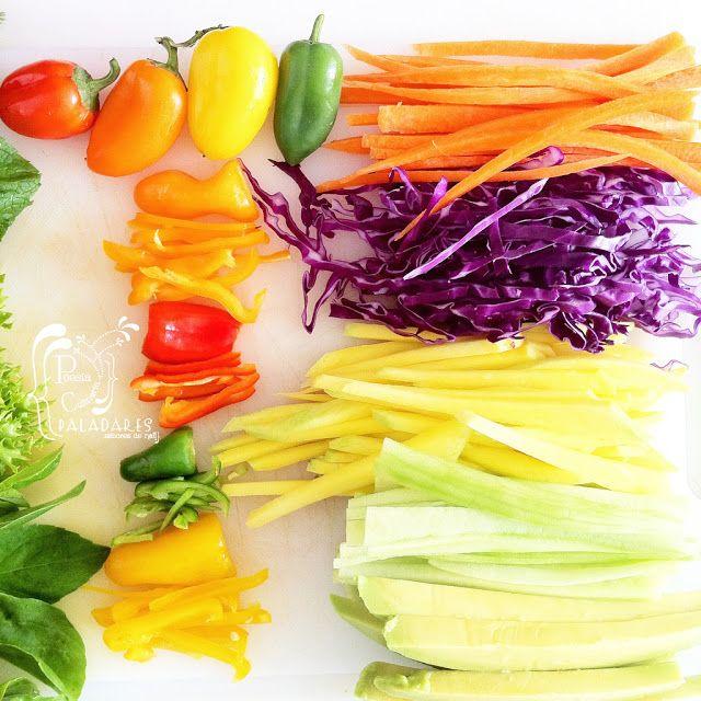Paladares {Sabores de nati }: Rollos primavera - Gỏi cuốn con salsa de maní [Vietnam] arcoíris de colores, spring rolls, Vietnam