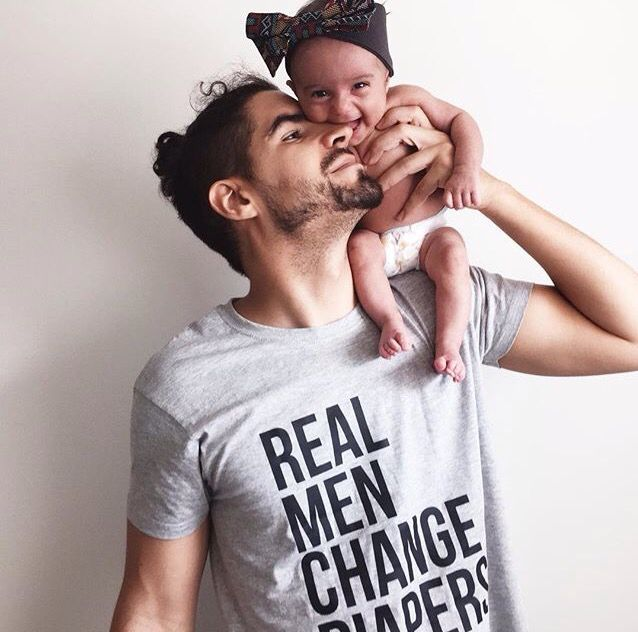 "T-shirt ""Real Men Change Diapers"" from www.catitaillustrations.com (photo by www.lillliesandleon.com) #tshirts #catitaillustrations"